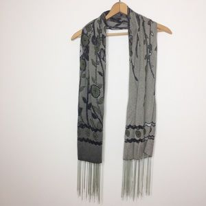 Unbranded green gray floral foliage scarf silver